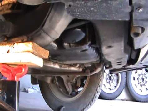 1999 Volvo S80 T6 Right Engine Mount Replacement - YouTube