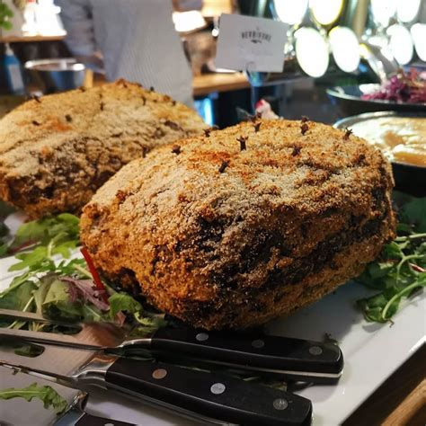The HERBIVORE – BAR – LUNCH – AFTER WORK