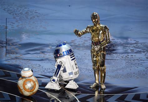 Oscars 2016: Watch Star Wars droids R2-D2, BB-8 and C-3P0