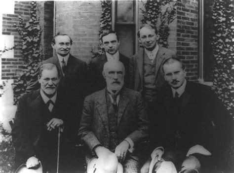 Photo of Freud and students, 1909