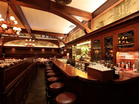 Musso & Frank Grill: The Story of An LA Icon   Discover