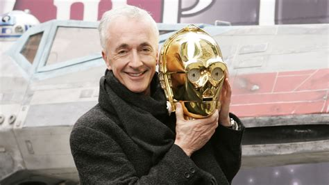 C-3PO actor Anthony Daniels says new 'Star Wars' tops