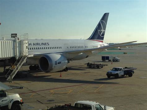 Review: LOT 787 Business Class Chicago to Warsaw - Live